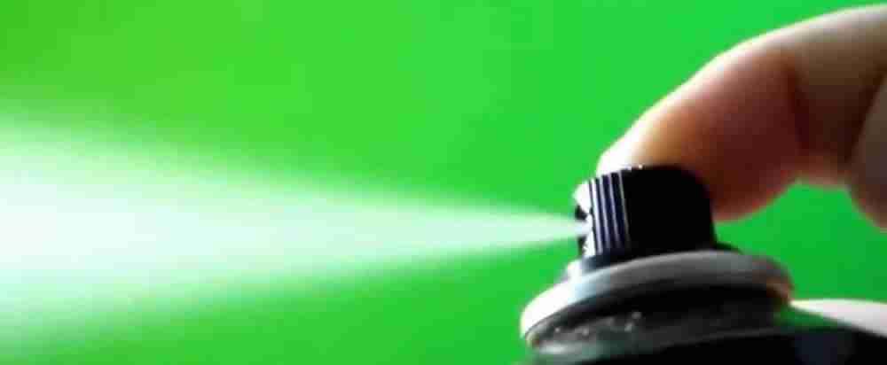 paint spraying green