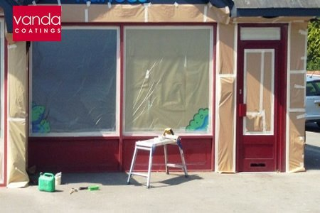 shop front spraying