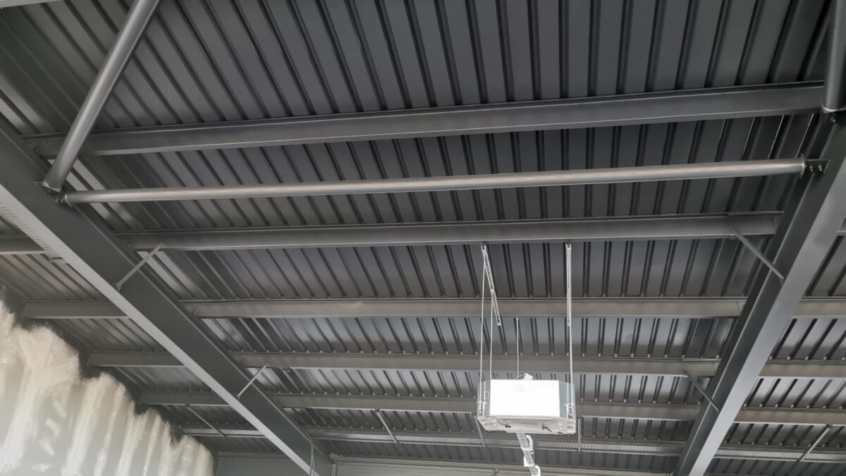 ceiling soffit spraying